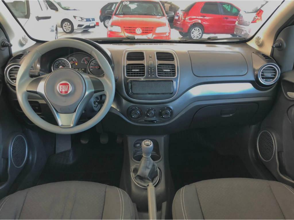 Foto numero 7 do veiculo Fiat Siena SIENA ATTRACTIV 1.4 - Preta - 2012/2013