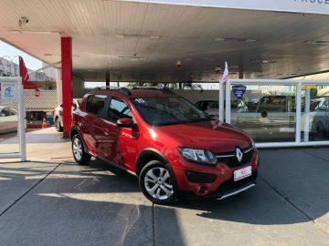 Foto numero 0 do veiculo Renault Sandero STEPWAY 1.6 - Vermelha - 2014/2015