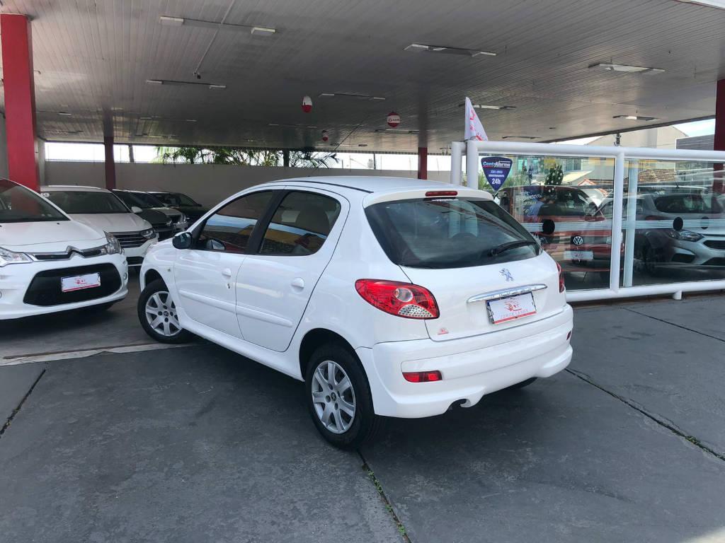 Foto numero 4 do veiculo Peugeot 207 207 HB XR - Branca - 2011/2012