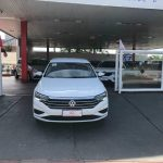Foto numero 2 do veiculo Volkswagen Jetta 250TSI - Branca - 2018/2019