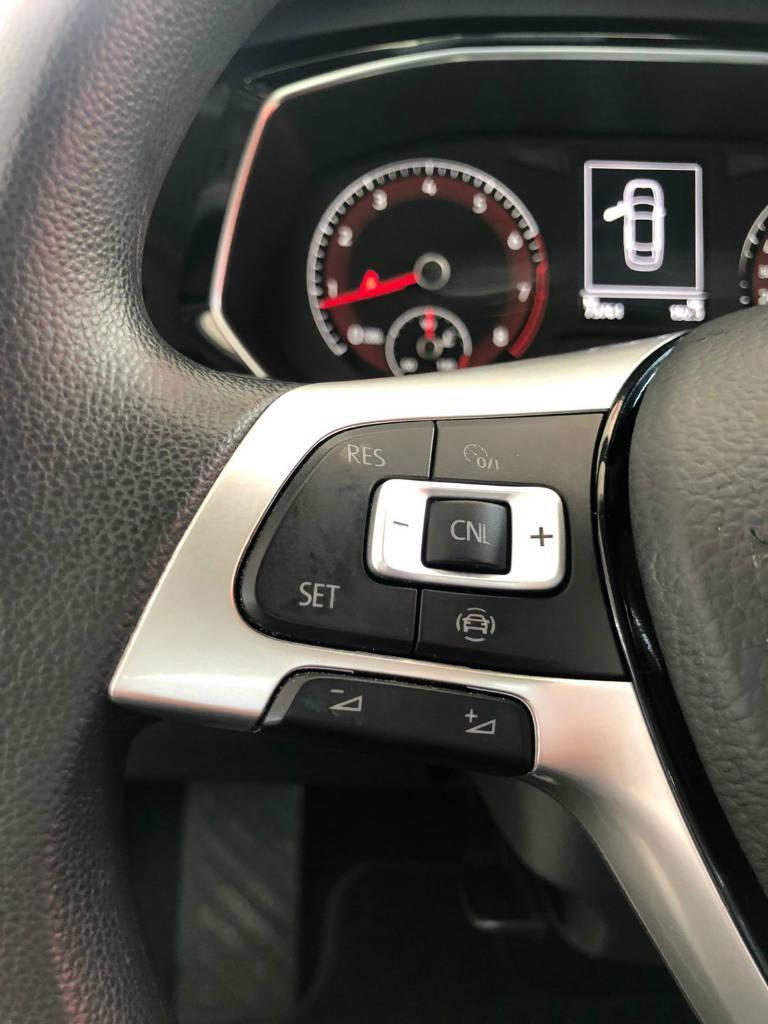Foto numero 9 do veiculo Volkswagen Jetta 250TSI - Branca - 2018/2019